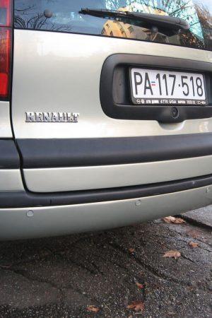 Czujniki parkowania w używanym aucie   autofakty.pl