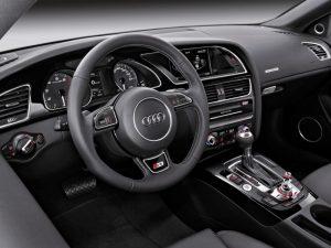 Audi S5 Wnętrze