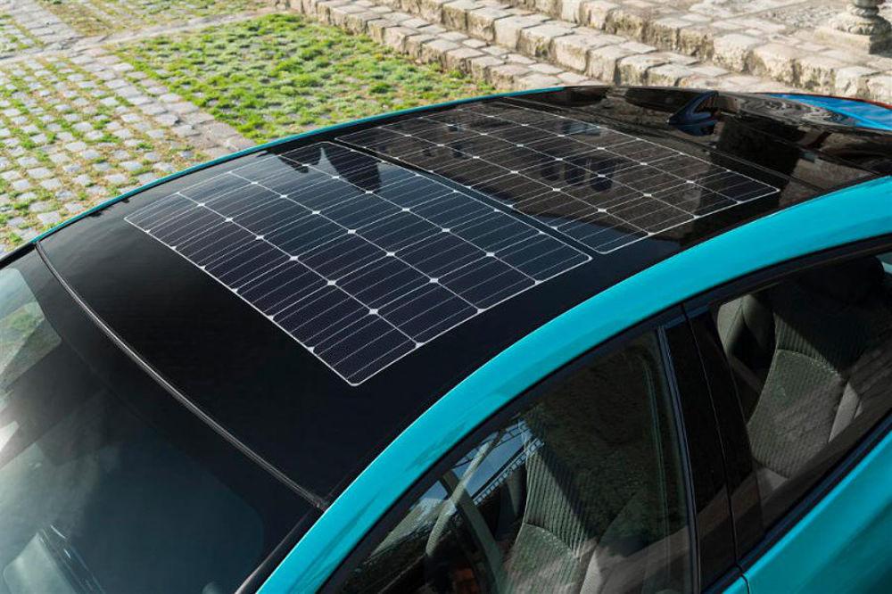 panele słoneczne w Toyocie Prius (fot. Toyota)