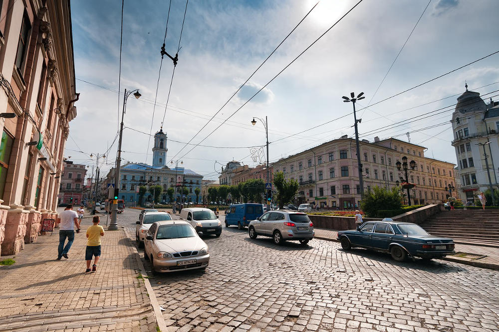 Czerniowce na Ukrainie (fot. Pixabay@SofiLayla)