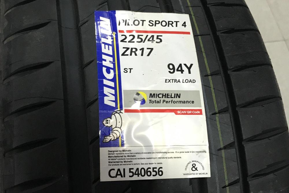 Michelin Pilot Sport 4 XL